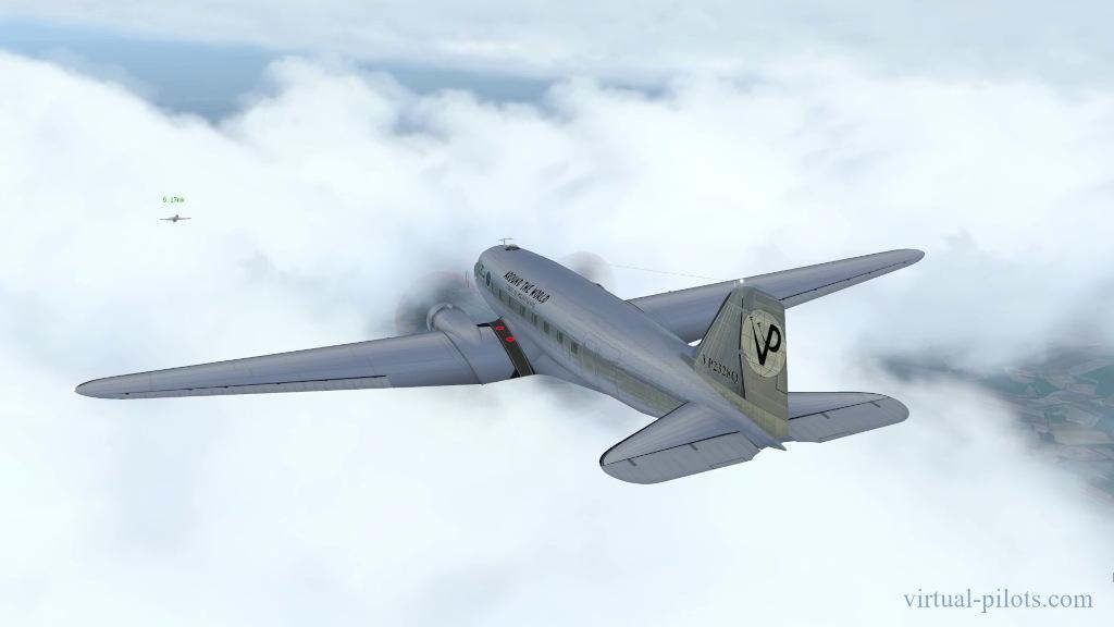 Л-29 Дельфин сопровождает С-47